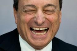 Mario-Draghi-laughing