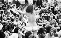 crazy-things-woodstock-festival-photography-thumb6401
