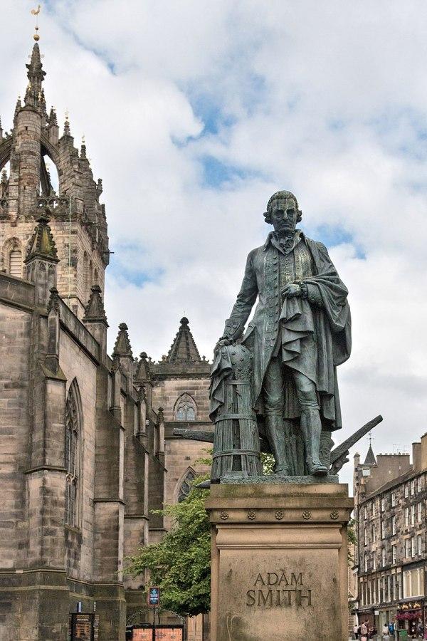 800px-Adam_Smith_statue_by_Alexander_Stoddart